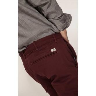 Pantaloni de bărbați